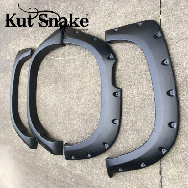 Kut-Snake Fender Flares Mitsubishi L200 MR SET
